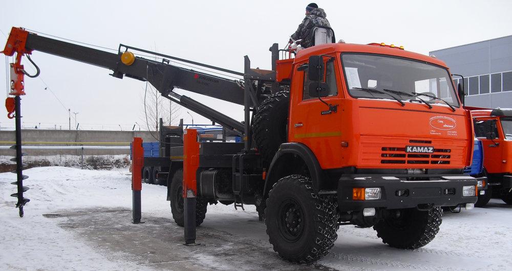 Ямобур на базе КАМАЗ 4310 (12м)