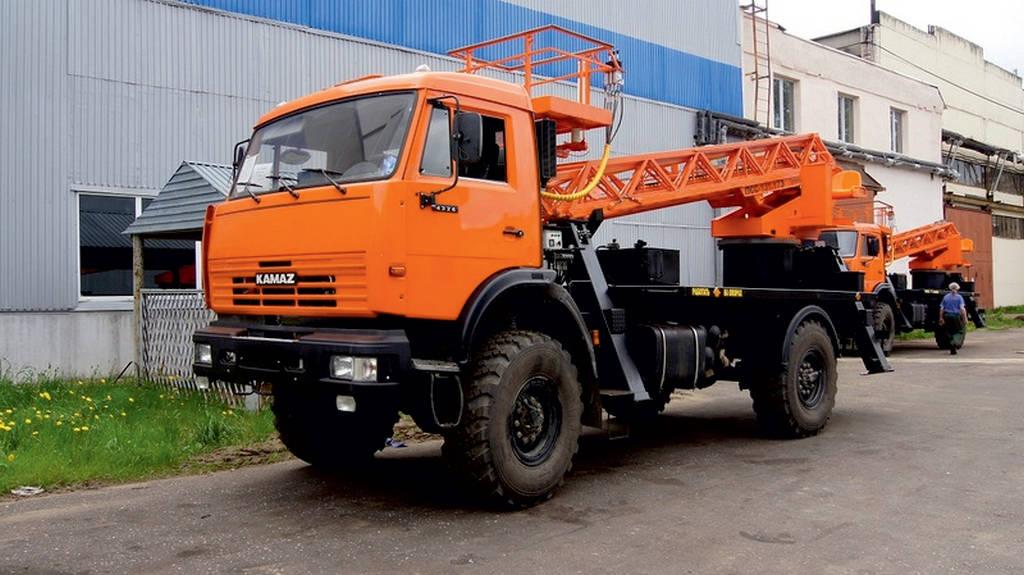 Автовышка АГП-32РТ – КАМАЗ-43118 вездеход