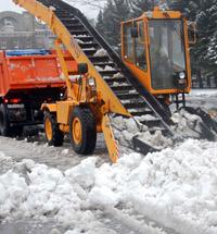 Вывоз снега в Санкт-Петербурге и области