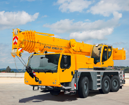 Автокрана Liebherr LTM 1060 грузоподъёмностью 60 тонн