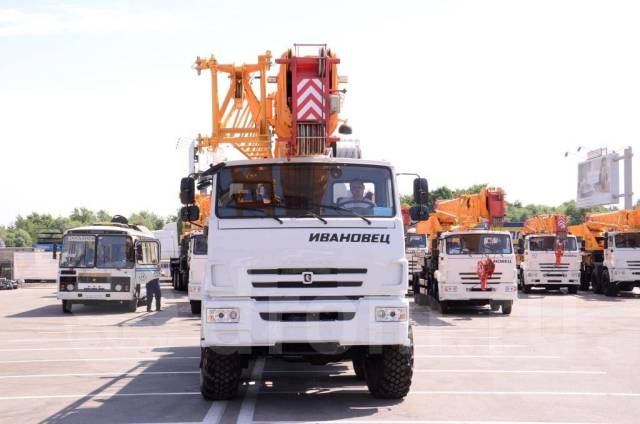 Автокран Ивановец КС-55735-7 вездеход грузоподъёмностью 35 тонн