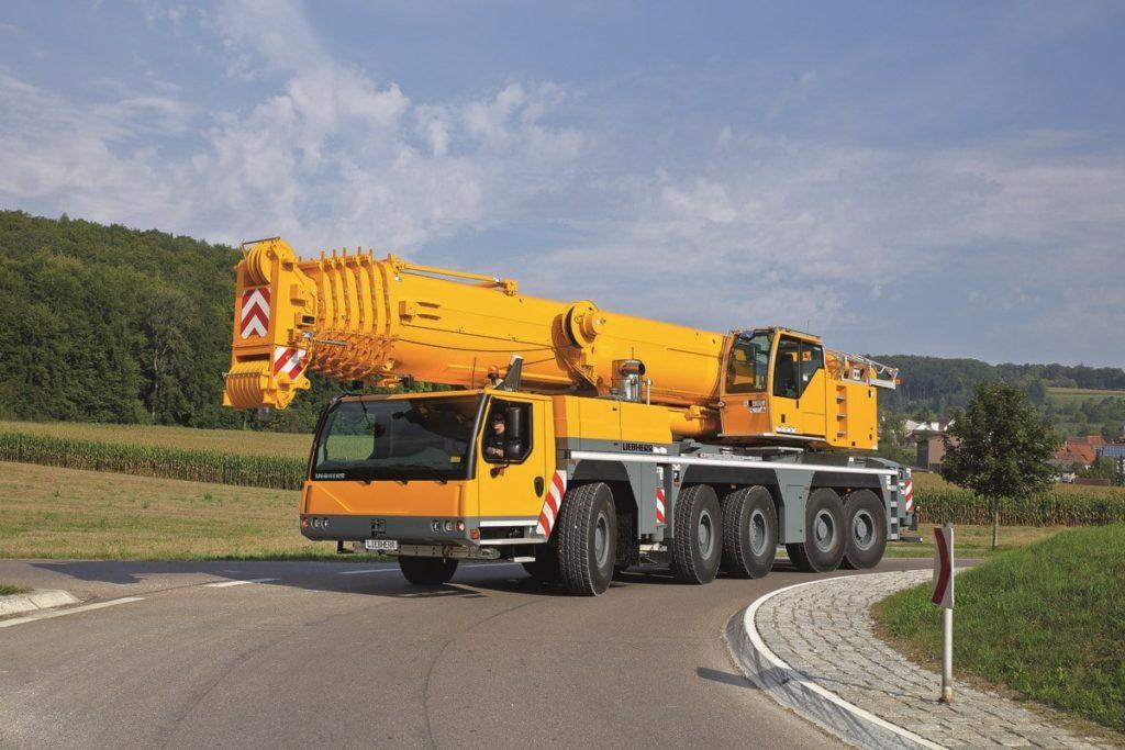 Автокран Liebherr LTM 1200 грузоподъёмностью 200 тонн
