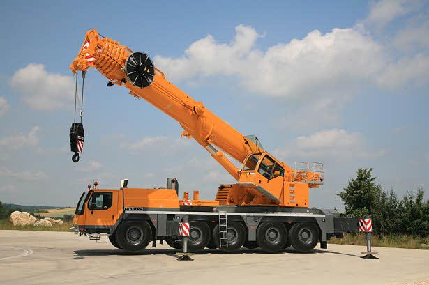 Автокран Liebherr LTM 1130 грузоподъёмностью 130 тонн