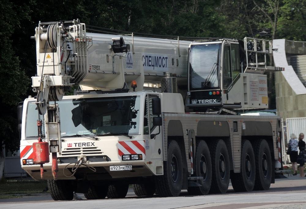 Автокран Terex-Demag AC 160 грузоподъёмностью 160 тонн