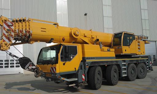 Автокран Liebherr LTM 1100-5.1 грузоподъёмностью 100 тонн